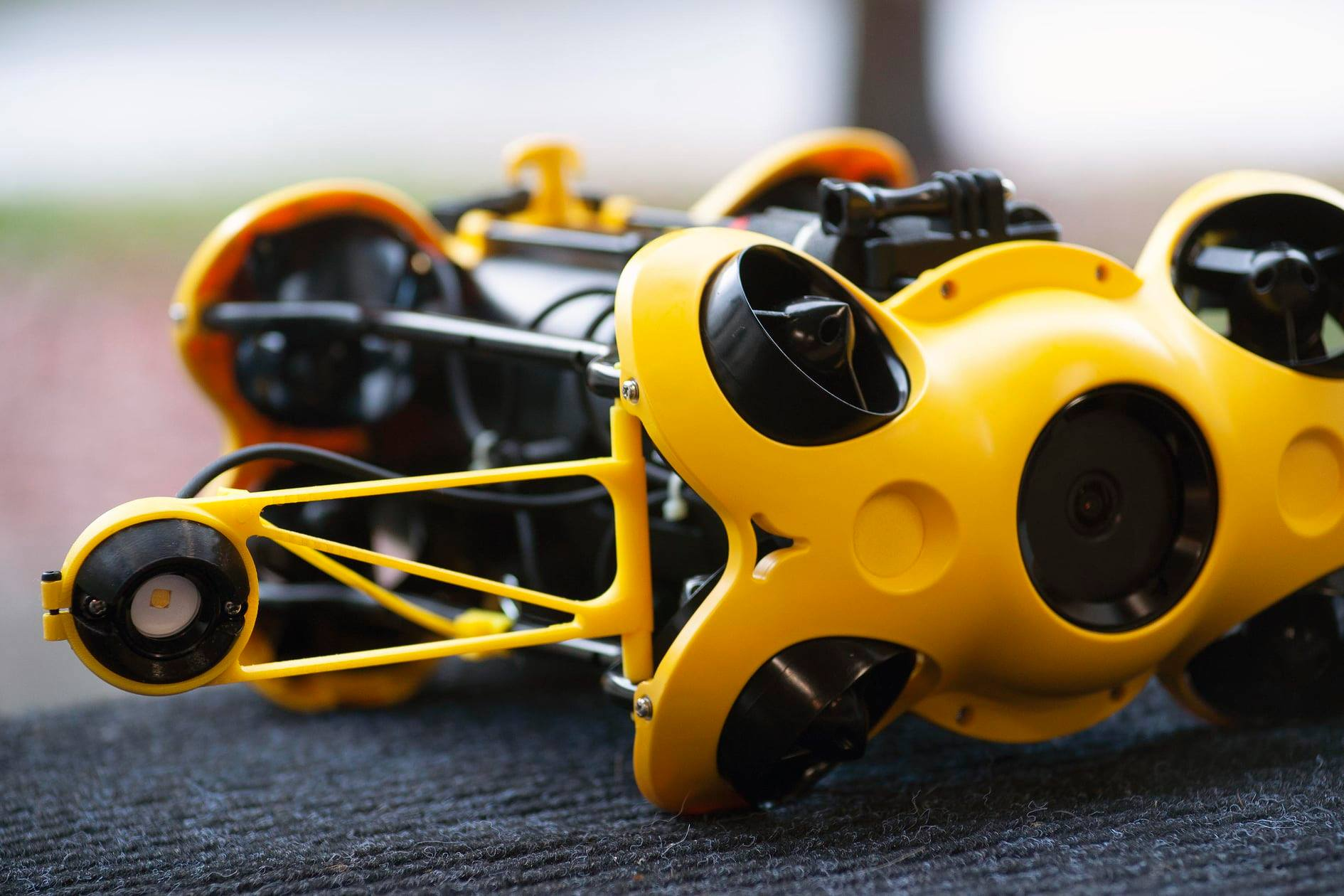 chasing-m2-underwater-drone-modification.jpg