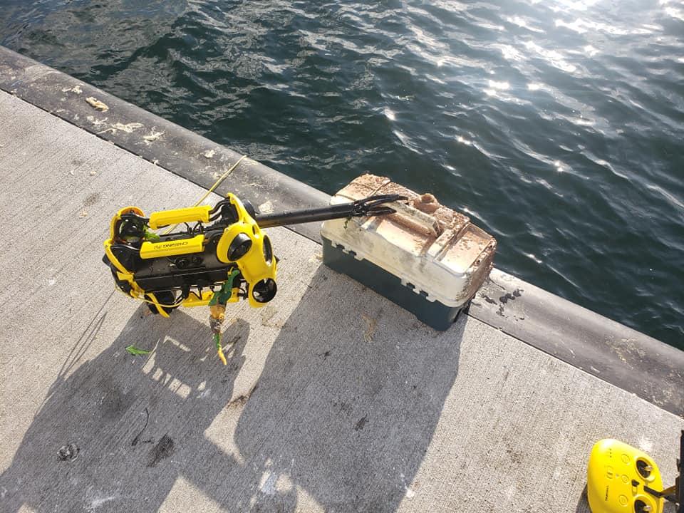 treasure-hunting-underwater-drone-chasing-m2.jpg